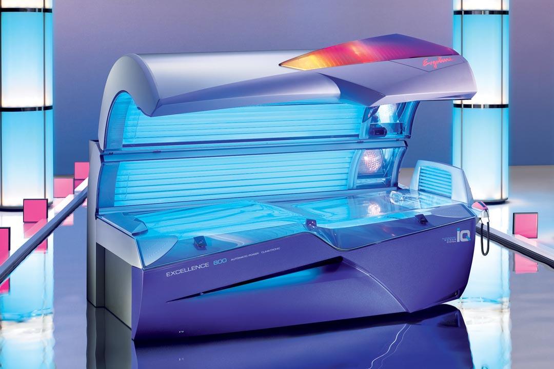 51 Lampen • 4 Gezichtbruiners • Aromatherapie Aquanevel • Sound system • Comfort ligvlak • Voice guide • Schouderbruiner